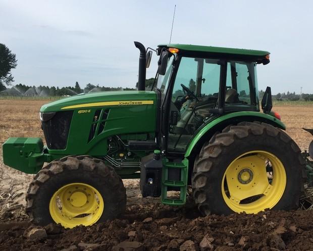 John Deere 6105E, 6120E, 6135E Final Tier IV(from 10.2015) Tractors Service Repair Manual (TM608619)