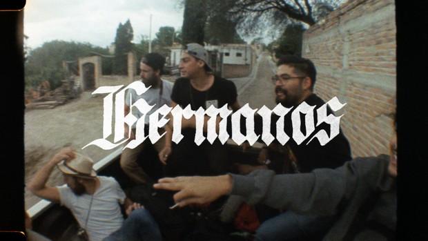 mobile version - Hermanos 01 - Mexico