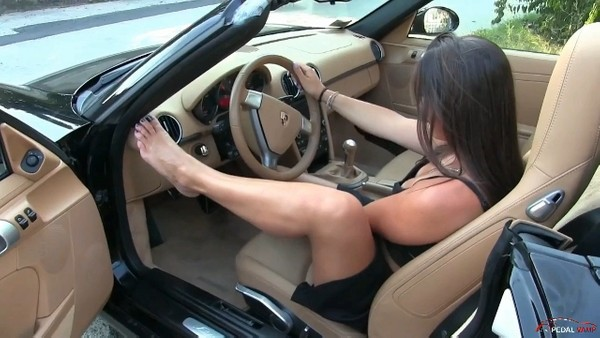POR : The Porsche videos collection - Starring Miss Iris & Miss Barbie