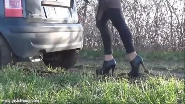 031 : Stuck in the mud ... again !!!