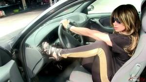 310 : Miss Kat - the Kar Killer vs Fiat Bravo