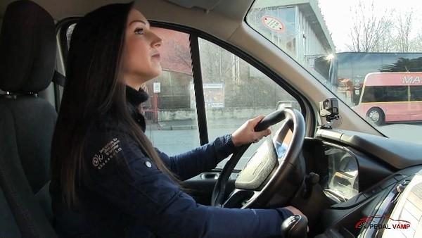 516 : Sexy van driver in sexy heels - Starring Miss Ninfa