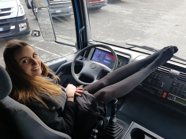359 : I want to be a truck driver !! Starring Miss Kim