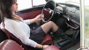 382 :  Fiat 500 wet cranking - Starring Miss Iris