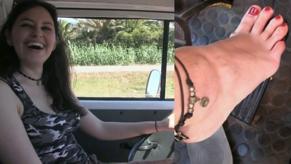 300 : Holiday in Sardinia Video #2 - Miss Iris and Miss Melanie hard revving and drive lessons