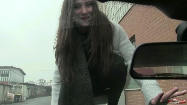 266 : Miss Iris and her boyfriend's BMW