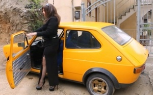 068 : Vicky flirting with a Fiat 127 Abarth