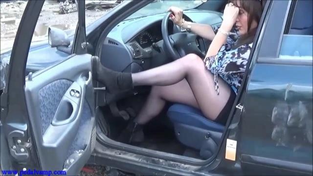 061 Vicky et la Fiat Marea  de merde !! - Pedal Vamp