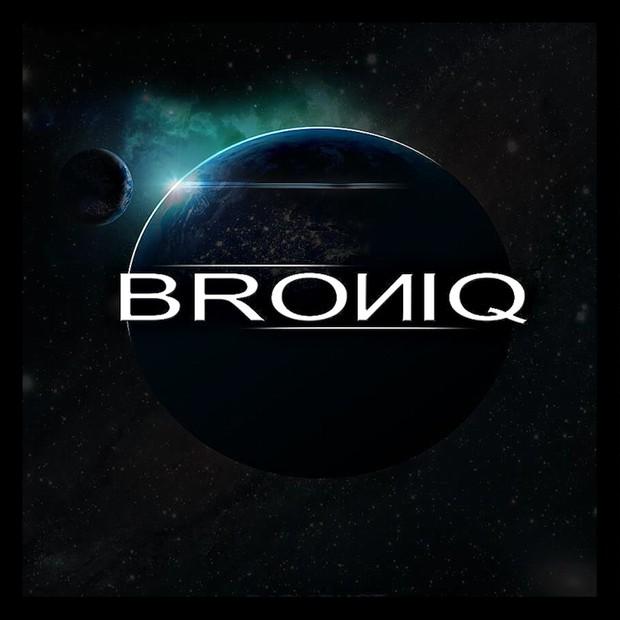 BROИIQ - MAKE ME HAPPY