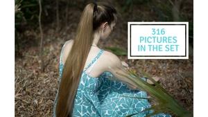 316 Pictures She's Back Nina Photoset 2018 Shoot Lake/Woods