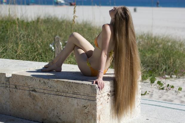 450 Pictures Nina Bikini Beach Shoot Set! (Final Set)