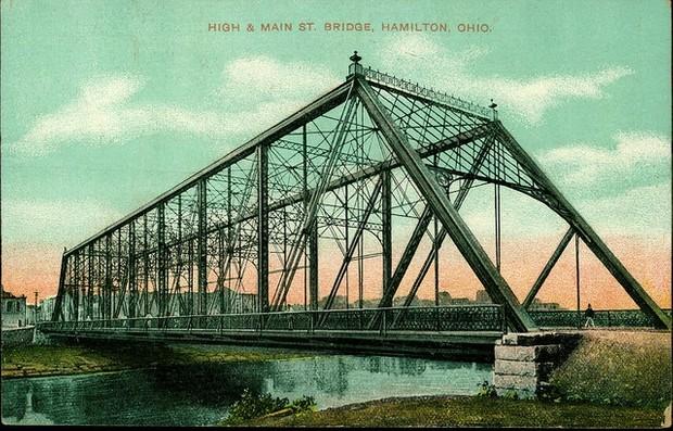 Audiolibro: Los constructores de puentes