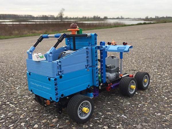 Oscar's Truck