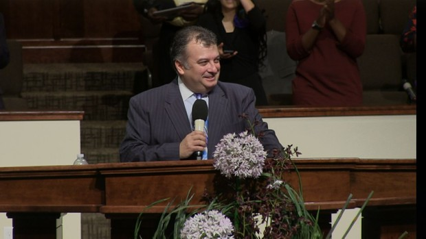 Dr. Robert Costa