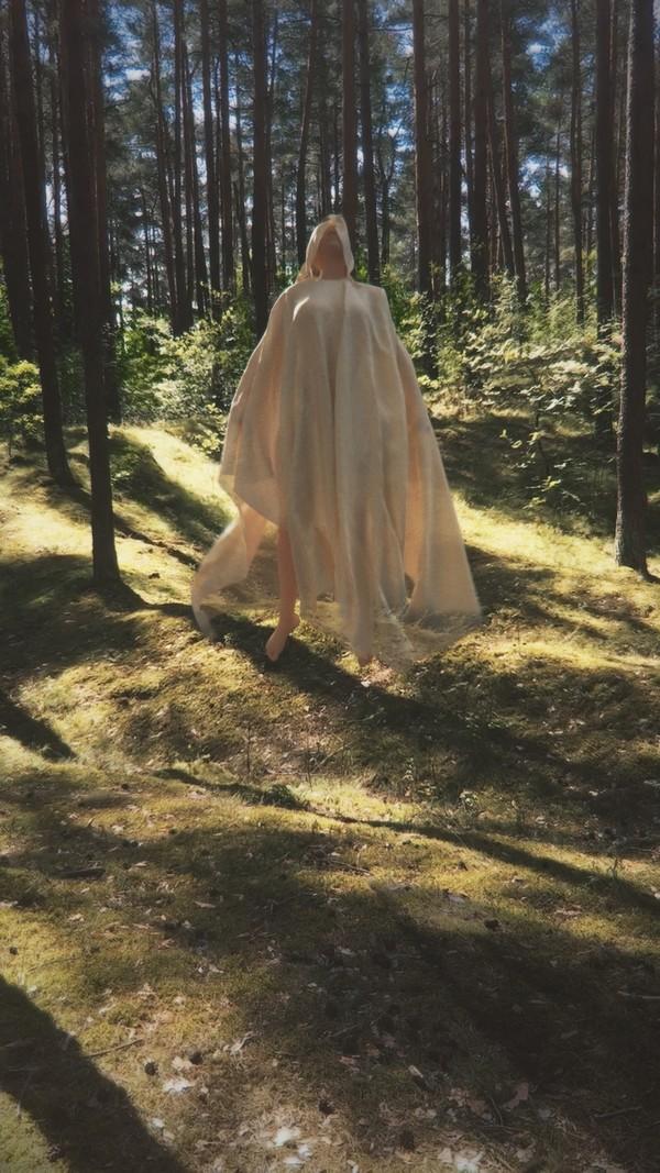 Daily Render Human Model + Cloth Free Sample