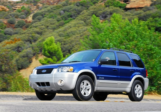 Ford Escape Hybrid 2005 to 2008 Factory Service Workshop repair manual