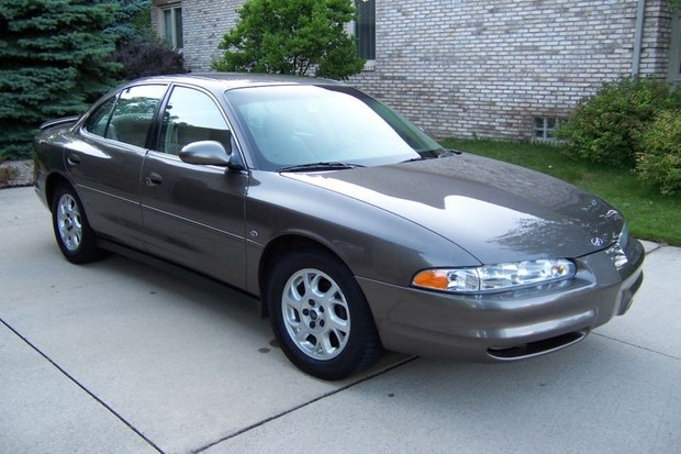 Oldsmobile Intrigue 1998 to 2002 Factory Service Workshop repair manual