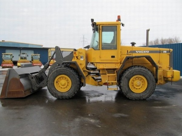 VOLVO L90D WHEEL LOADER SERVICE REPAIR MANUAL - DOWNLOAD