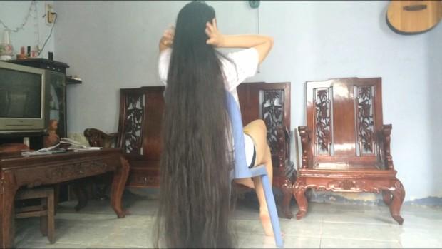 My long hair - My treasur