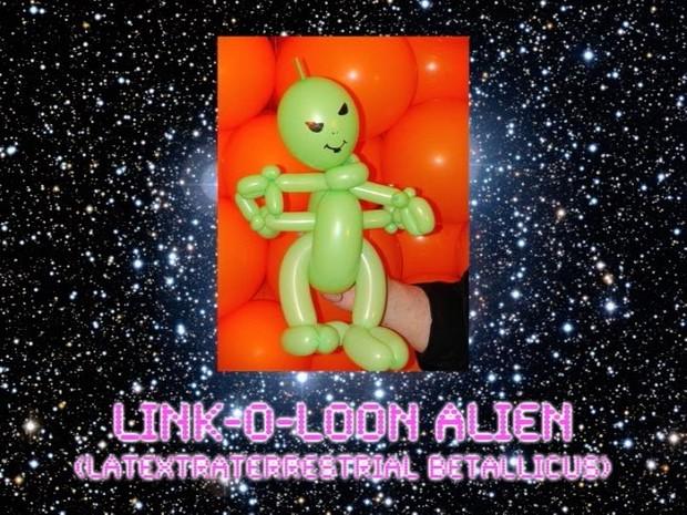 Link-O-Loon Alien Balloon Animal Sculpture by Jeff Hayes