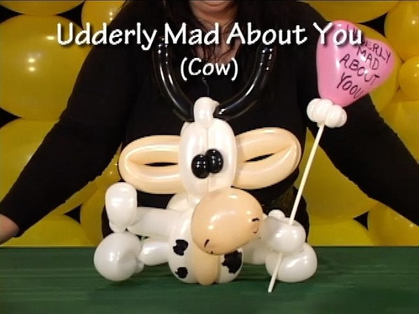 Cow - Twisted Balloon Design by Vicky Kimble