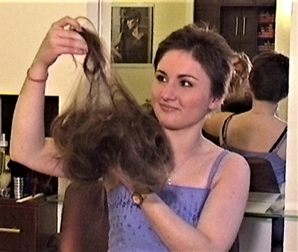Ladies-Haircut: HCV29, © 2004 - Alle Rechte vorbehalten!
