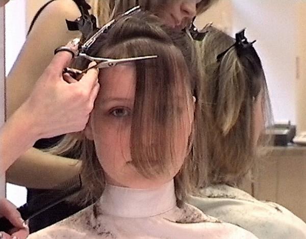 Ladies-Haircut: HCV26, © 2004 - Alle Rechte vorbehalten!