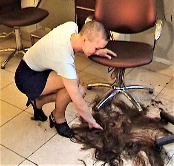 Ladies-Haircut: HCV28, © 2004 - Alle Rechte vorbehalten!