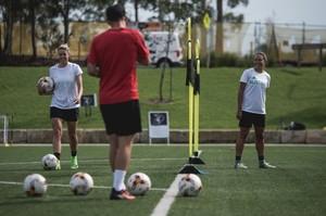 Full Joner 1on1 Training session with 2 international players.