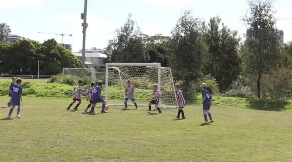 MiniRoos U9 Annerley FC v Oxley United