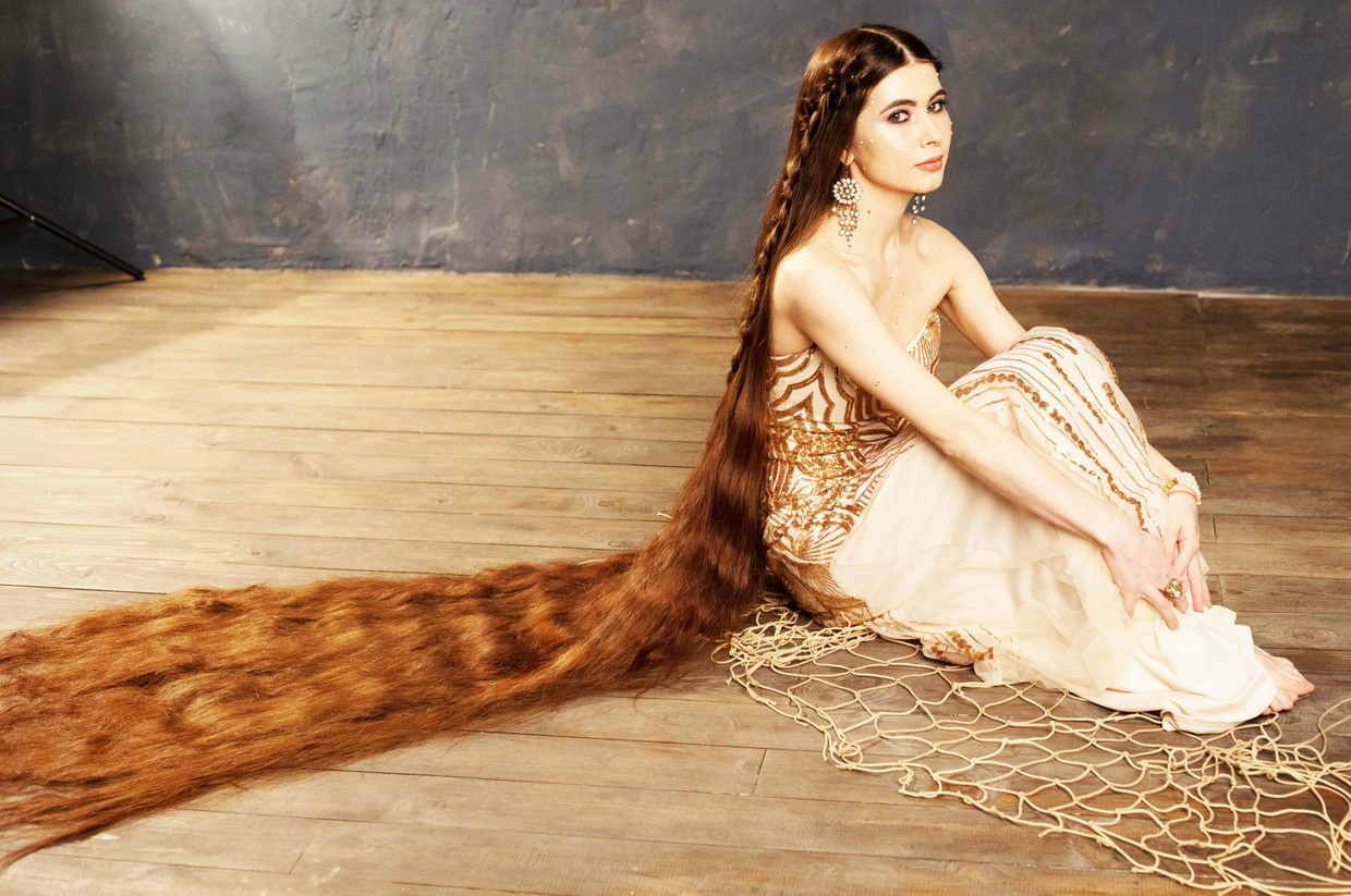 professional photo session of my very long hair/  PHOTO!!!