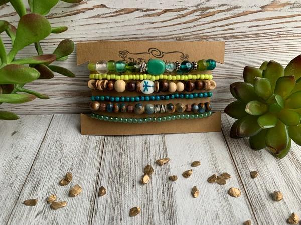 Green Aqua Glass Stone Dragonfly Earth Stone Set of 6 Stretch Bracelets