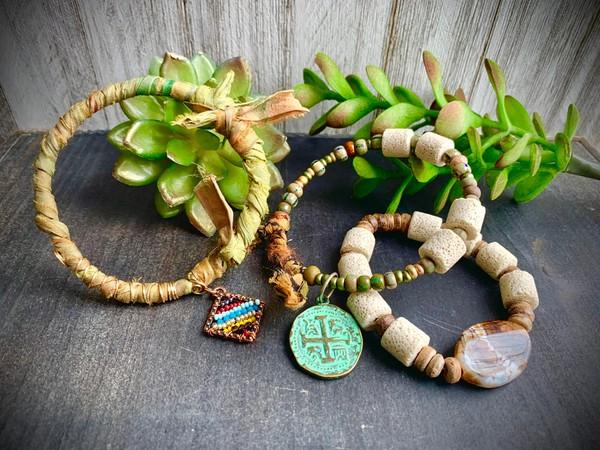 Sari Silk Earthtone Olive Green Bangle Wire Beaded Stretch (Set of 3) Bracelets
