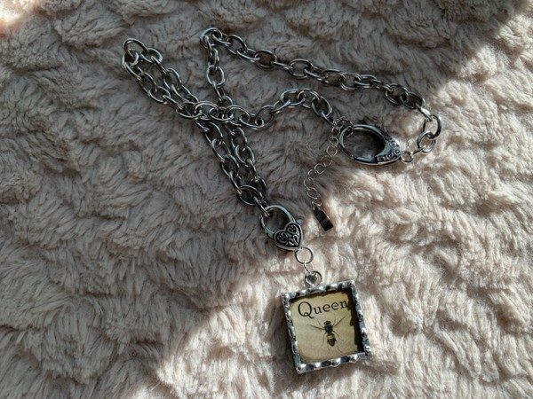 Queen Bee One Inch Pendant Rolo Necklace