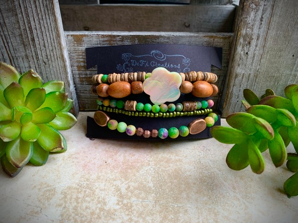 Natural Stone Wood Kyanite Floral Stackable Stretch Bracelets (Set of 5)