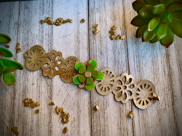 Flower Petal Metallic Gold Leather Cuff