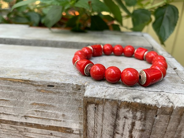 Red Ceramic and Bamboo Coral Stretch Bracelet