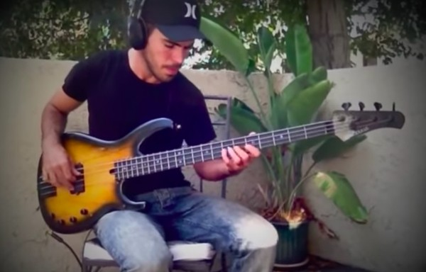 Miki Santamaria - Fingerstyle Bass Solo - TABS & Backing Track