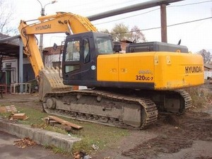 HYUNDAI R320LC-7 CRAWLER EXCAVATOR SERVICE REPAIR MANUAL