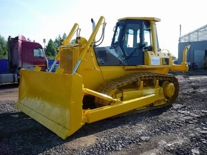 KOMATSU D65E-12, D65P-12, D65EX-12, D65PX-12 BULLDOZER SHOP MANUAL + OPERATION & MAINTENANCE MANUAL
