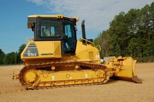 KOMATSU D51EX-22, D51PX-22 CRAWLER TRACTOR SERVICE REPAIR MANUAL + OPERATION & MAINTENANCE MANUAL