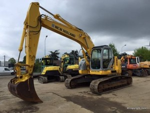 New Holland E235BSR Crawler Excavator Service Repair Manual