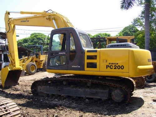 KOMATSU PC200-6, PC200LC-6, PC220-6, PC220LC-6 HYDRAULIC EXCAVATOR SERVICE REPAIR MANUAL