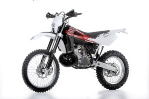 2011 HUSQVARNA WR250, WR300 MOTORCYCLE SERVICE REPAIR MANUAL