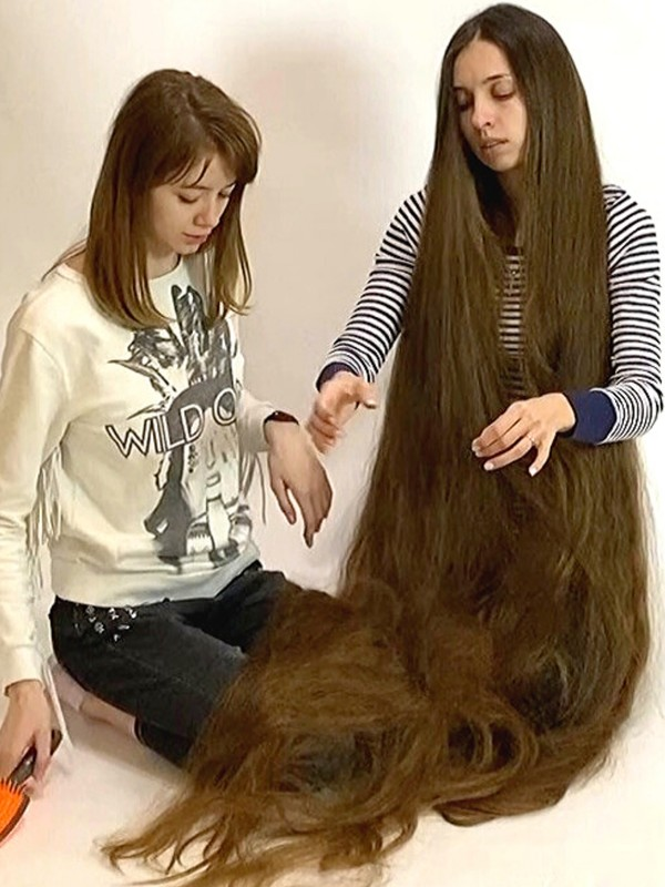VIDEO - Daily long hair fun