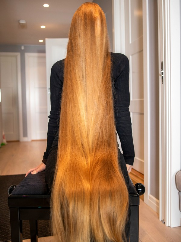 PHOTO SET - Extreme long hair covering