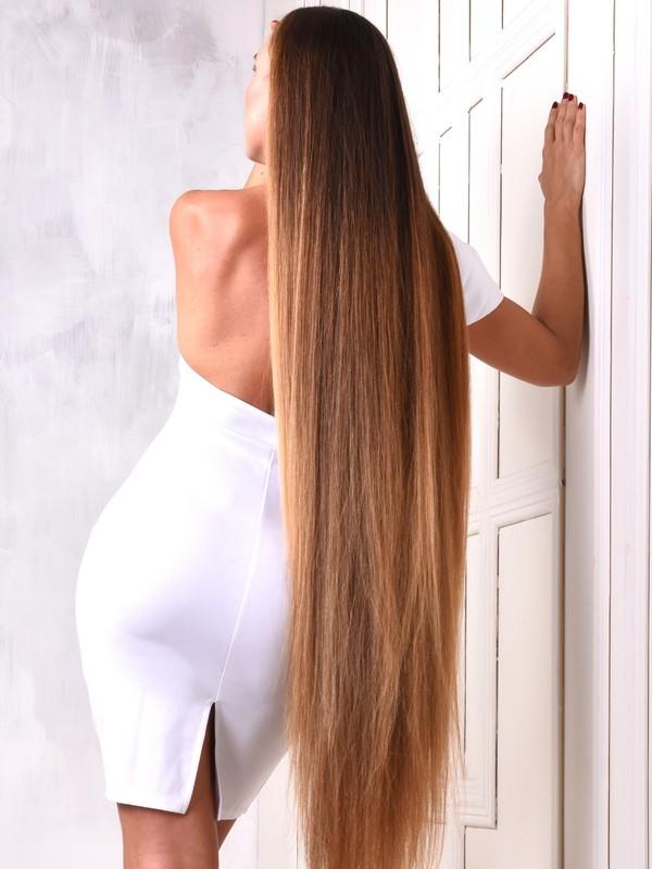 PHOTO SET - Kateryna's long hair elegance photoshoot