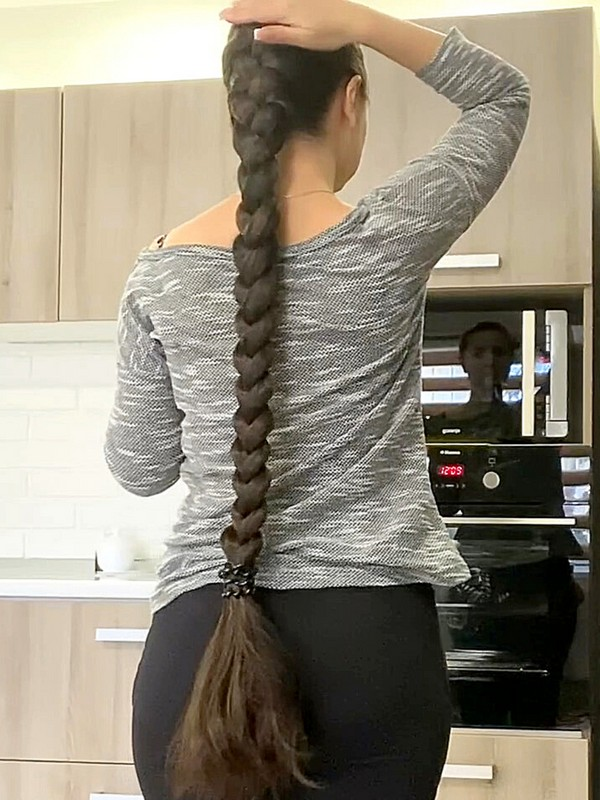 VIDEO - Very thick braids