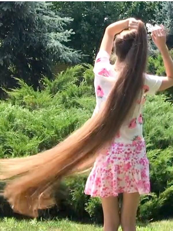 VIDEO - Real-Life Rapunzel's bundrop-summer