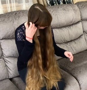 VIDEO - Kseniya´s bangs
